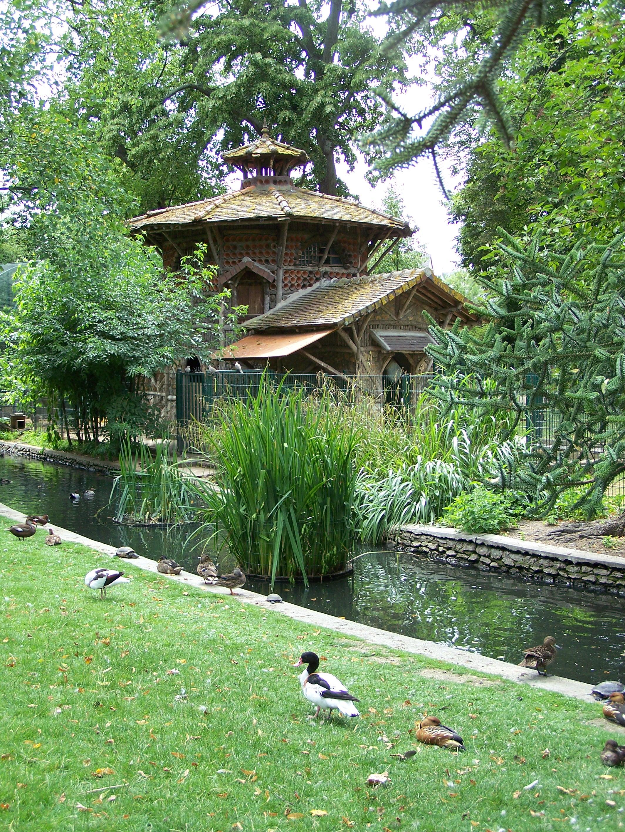 Jardin botanique de tours parcs et jardins en r gion centre for Bal des citrouilles jardin botanique