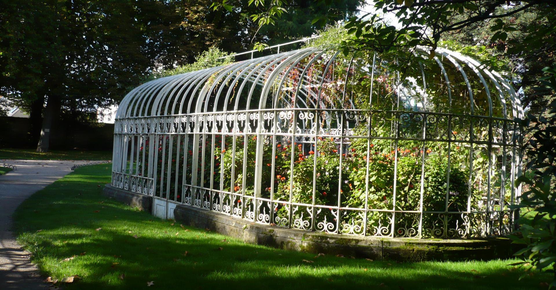 Jardin botanique de tours parcs et jardins en r gion centre for Botanique jardin
