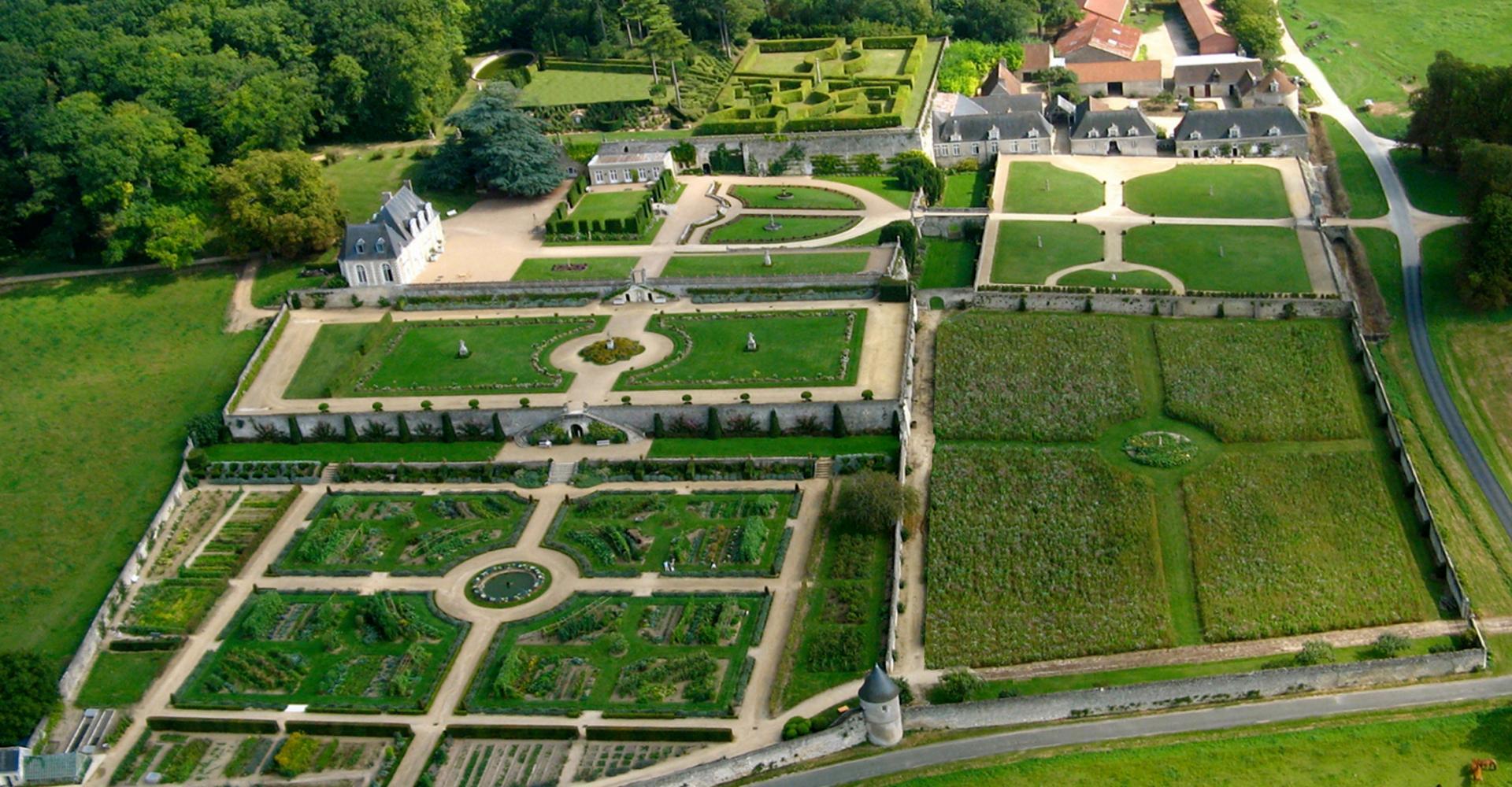 Parc et jardins du ch teau de valmer parcs et jardins en for Parc et jardin