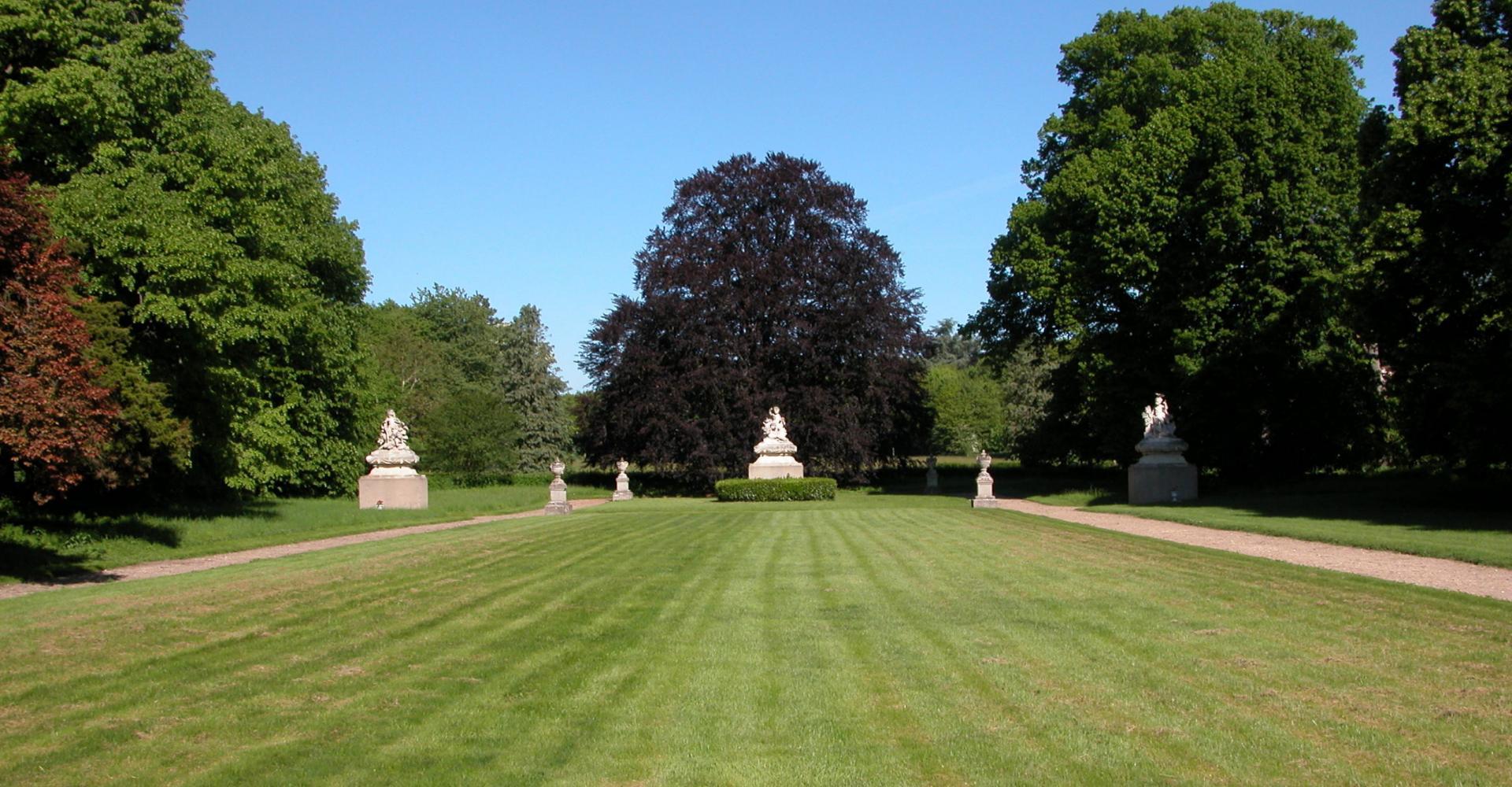 Parc et jardin du ch teau de chevilly parcs et jardins for Parc et jardin